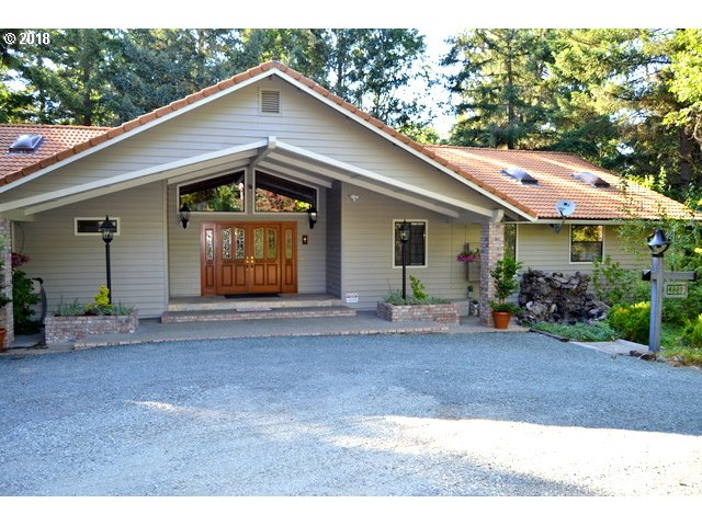 Grants Pass, OR 7 Bedroom Home For Sale