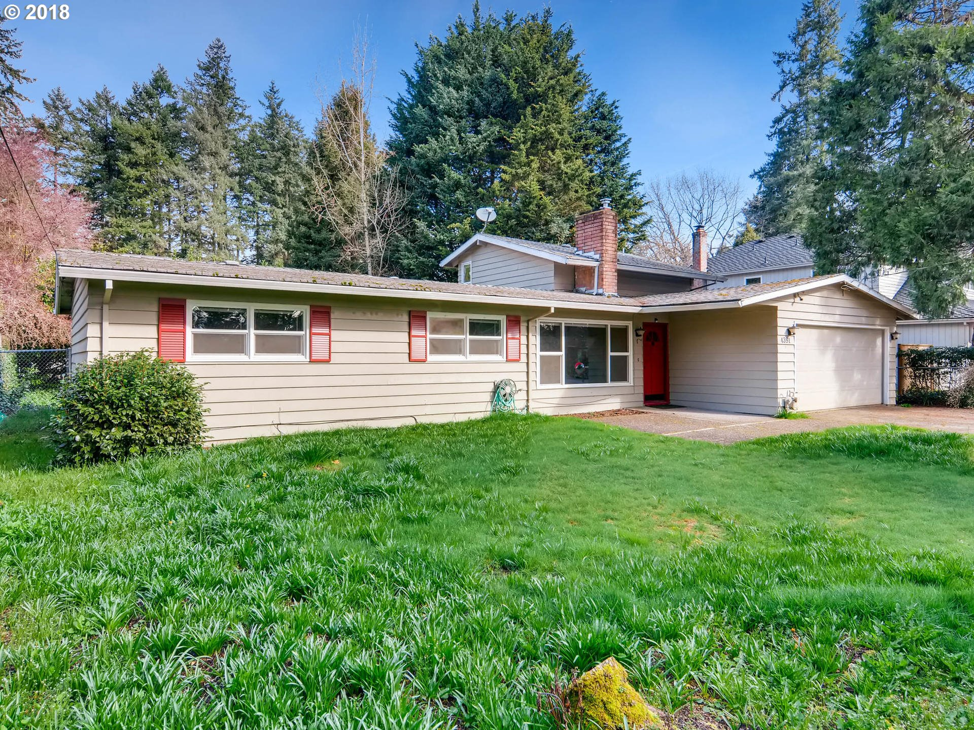 4391 UPPER DR, Lake Oswego, OR 97035