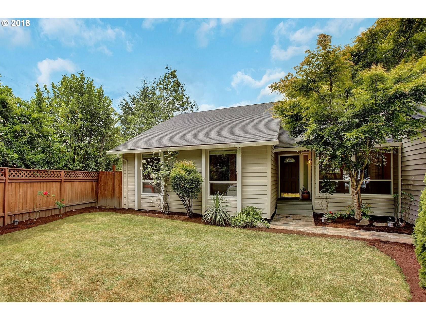 12545 SW BOONES FERRY RD, Portland, OR 97035