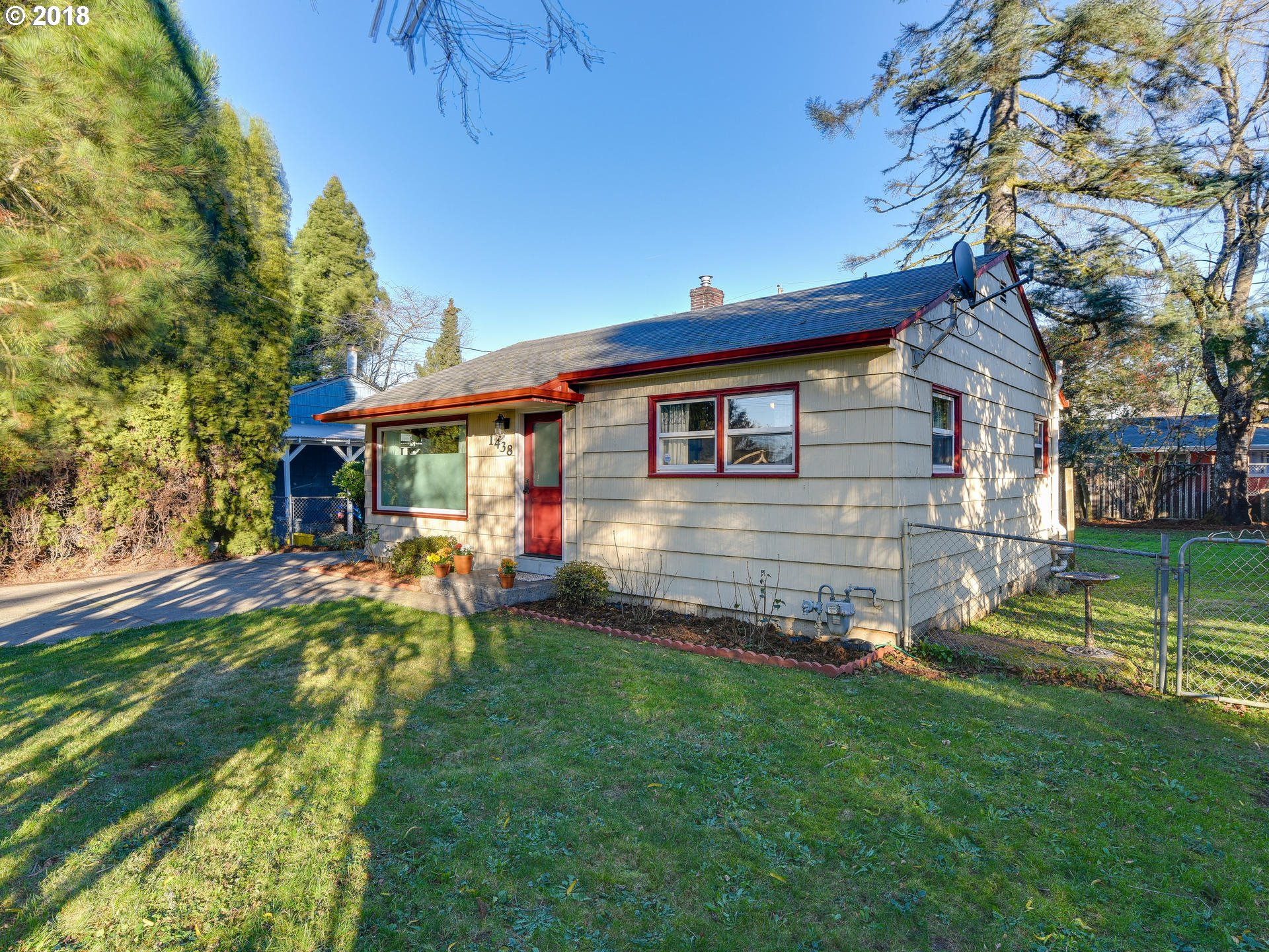1438 SE 174TH AVE Portland, OR 97233 - MLS #: 18286298