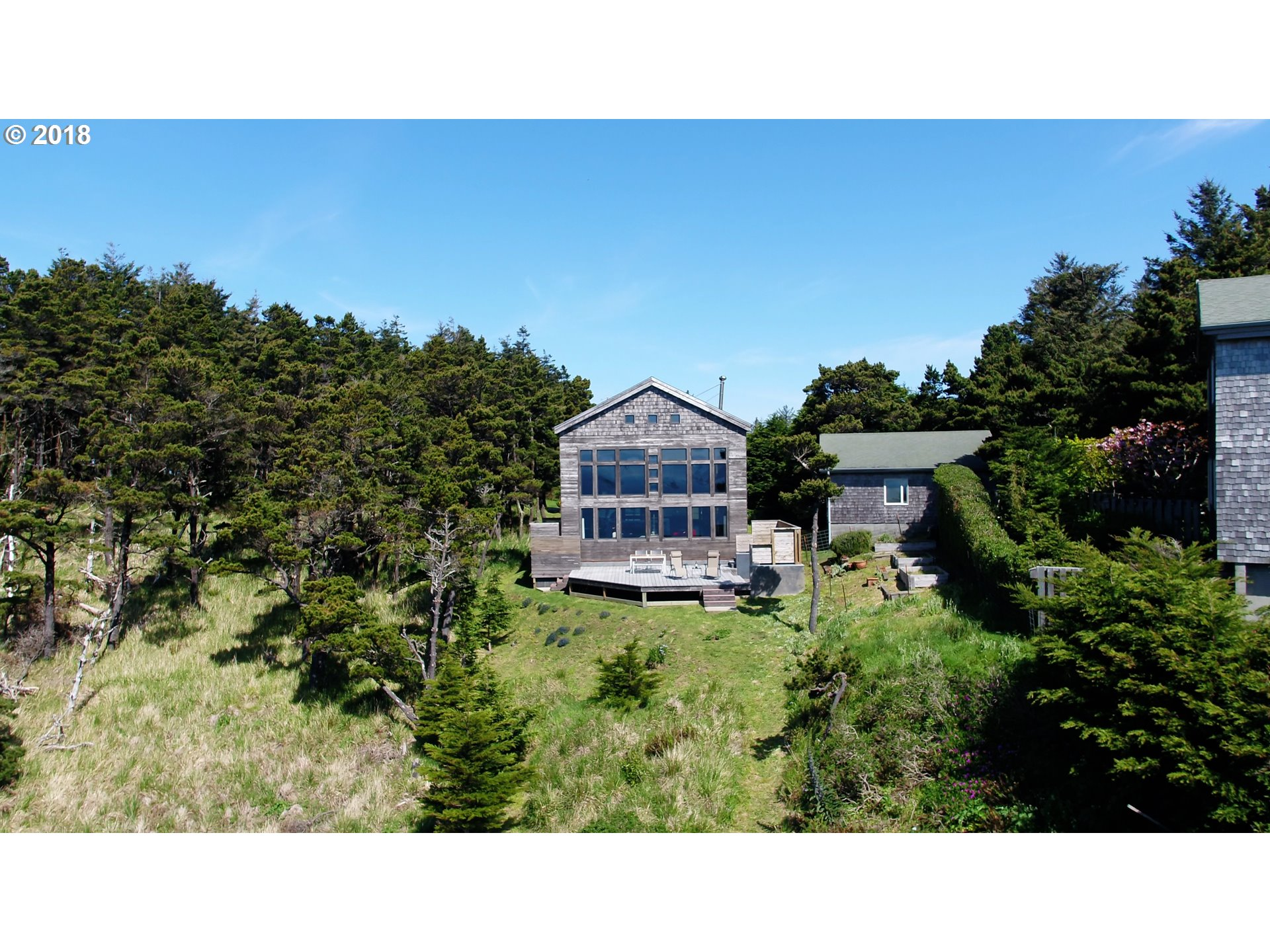 320 COAST GUARD HL RD, PORT ORFORD, OR 97465  Photo 4