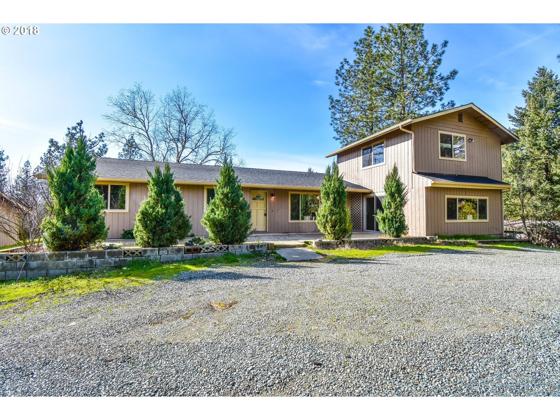 Rogue River, OR 4 Bedroom Home For Sale