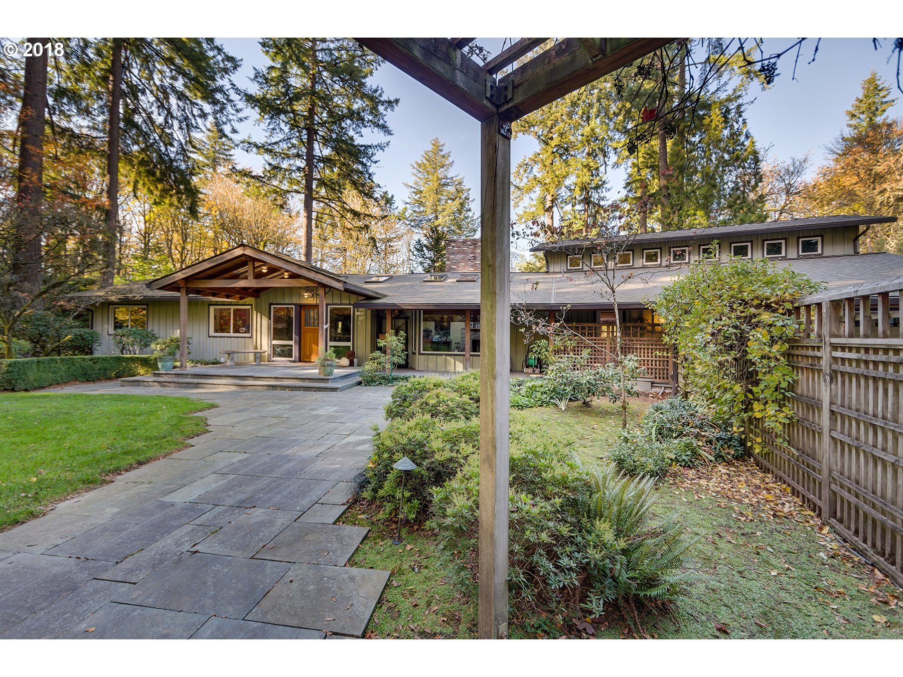4445 sq. ft 5 bedrooms 3 bathrooms  House For Sale, Portland, OR