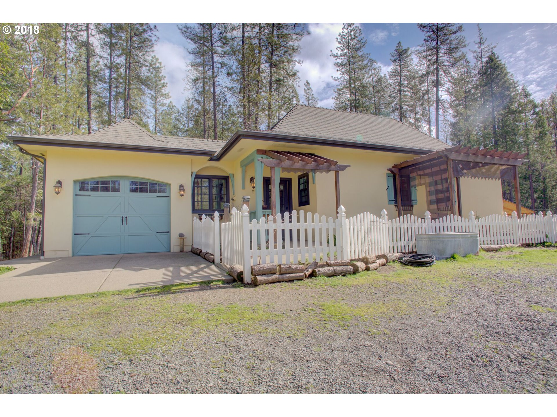 Grants Pass, OR 1 Bedroom Home For Sale
