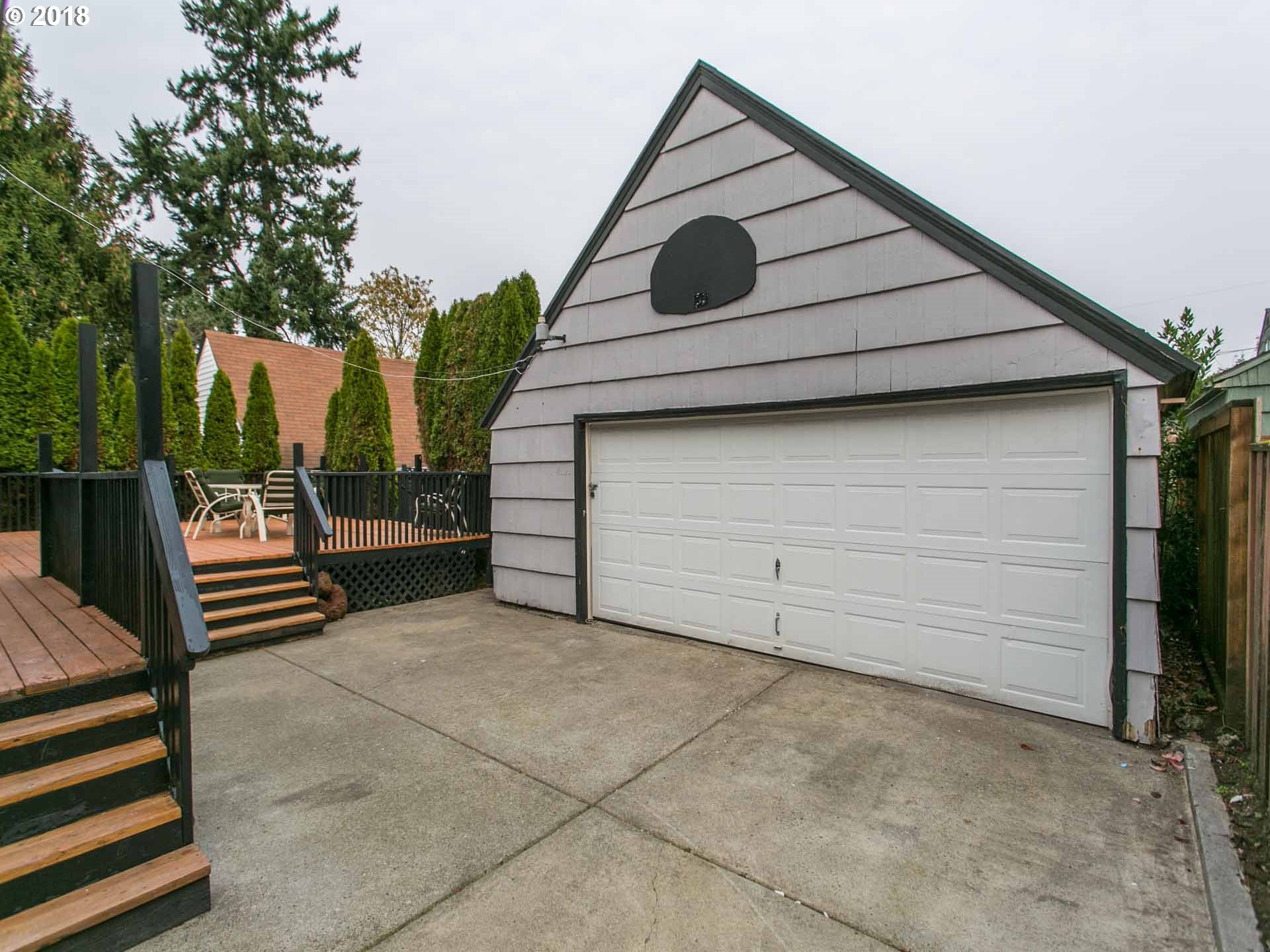5926 NE 15TH AVE Portland, OR 97211 - MLS #: 18333172