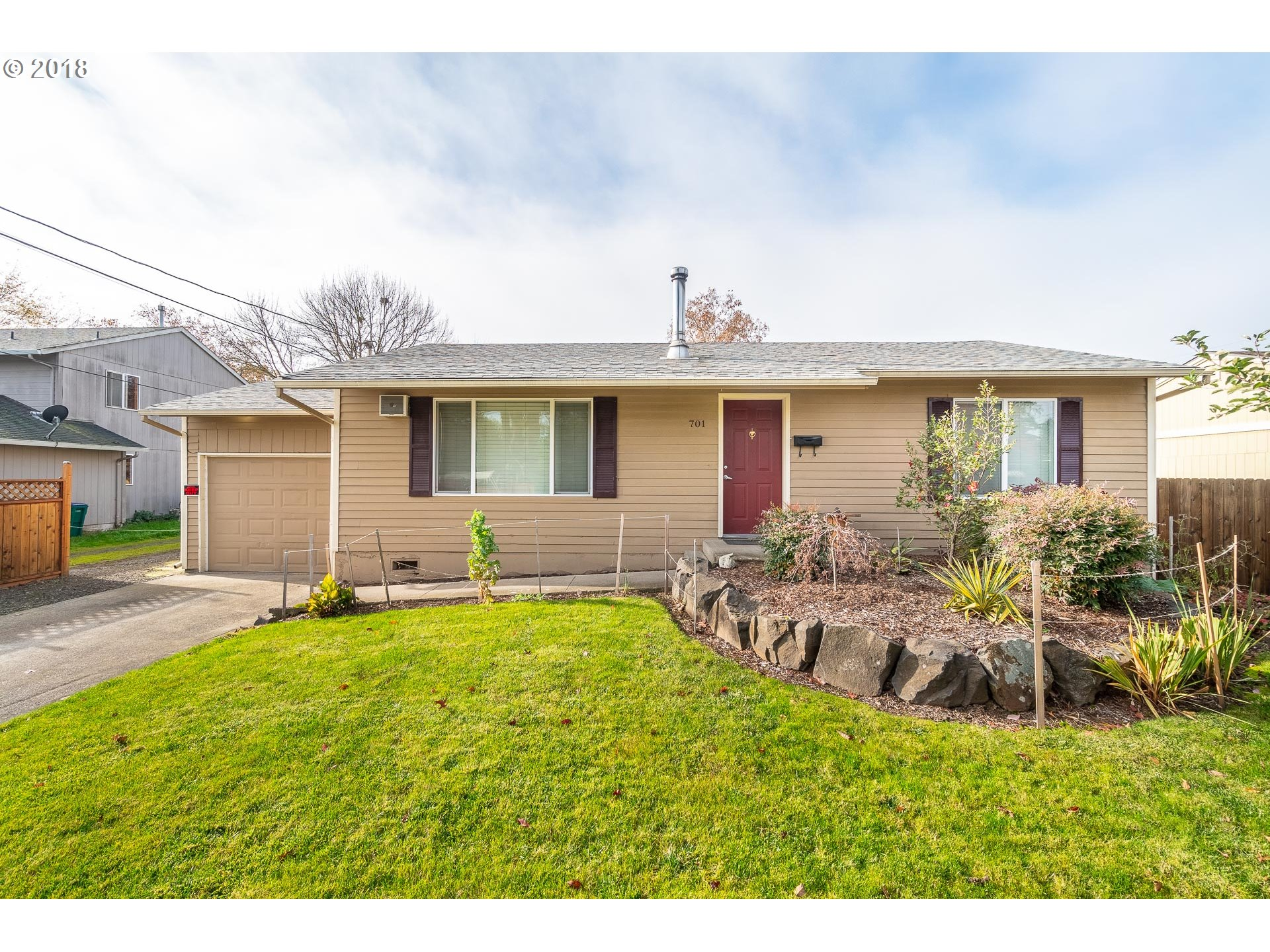 701 S PACIFIC ST Newberg, OR 97132 - MLS #: 18352181