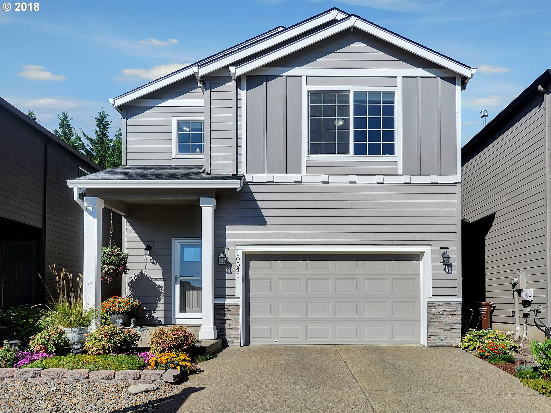 Like new home on quiet street. Open floor plan on main level. Nice rooms upstairs. Laundry room on upper level. Great back yard space (large covered patio). Central air conditioning. Open house scheduled for 9/8 (if it is still for sale?). Hurry! Yahoo, no HOA Dues!