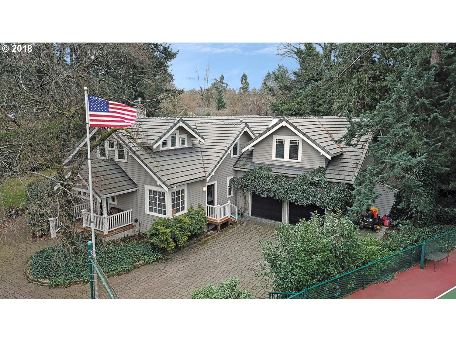 4933 LAKEVIEW BLVD, Lake Oswego, OR 97035