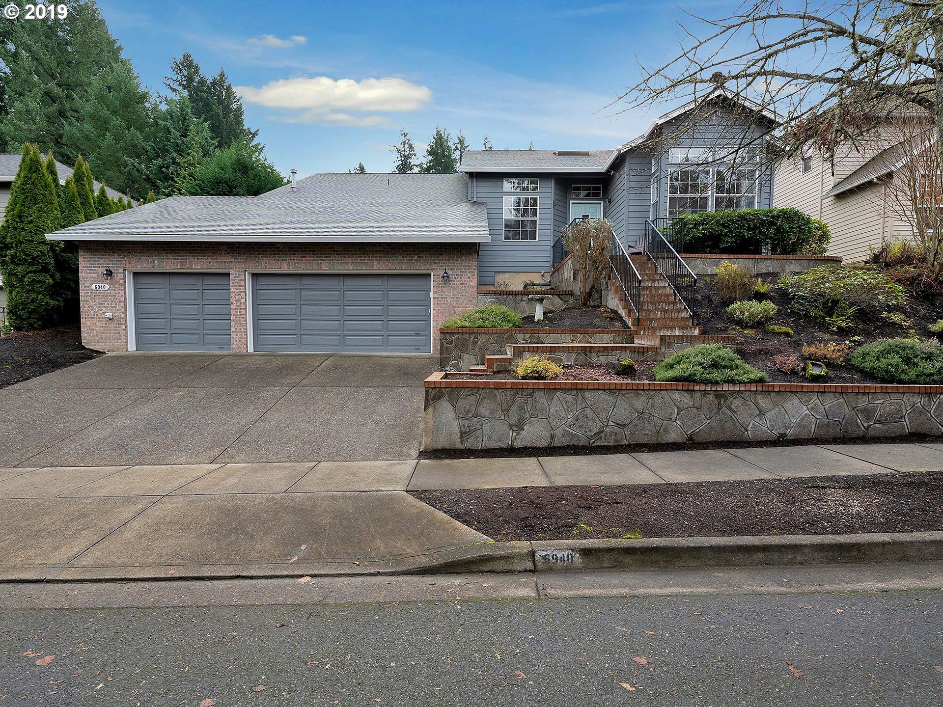 Property for sale at 6940 SW Tierra Del Mar DR, Beaverton,  OR 97007