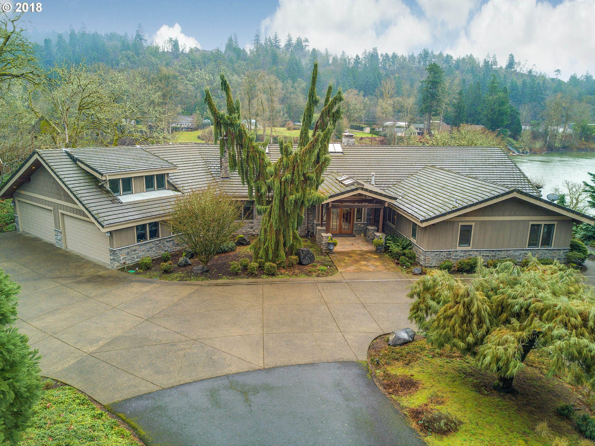 268 SW FOREST COVE RD, West Linn, OR 97068