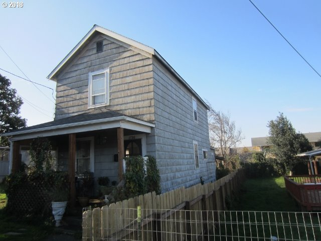1730 MEADE North Bend, OR 97459 - MLS #: 18480782