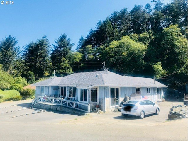 Gold Beach, OR 5 Bedroom Home For Sale