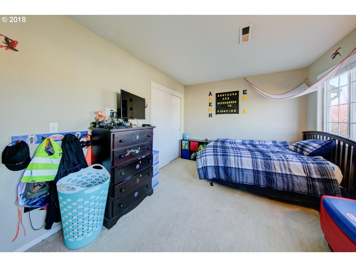 2467 N HOLLADAY ST Cornelius, OR 97113 - MLS #: 18515453