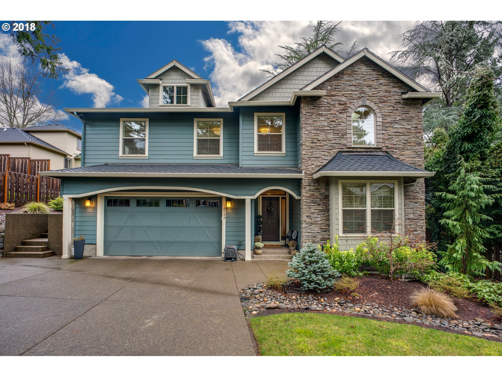 14144 GOODALL RD, Lake Oswego, OR 97034