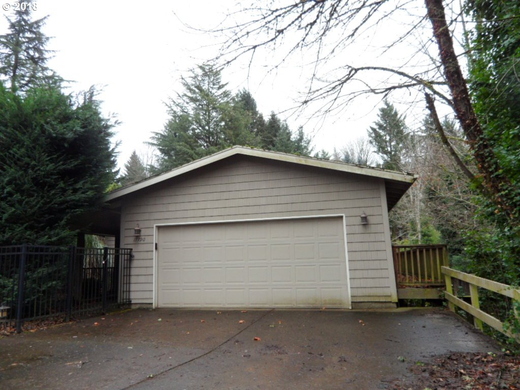 17790 OVERLOOK CIR, Lake Oswego, OR 97034