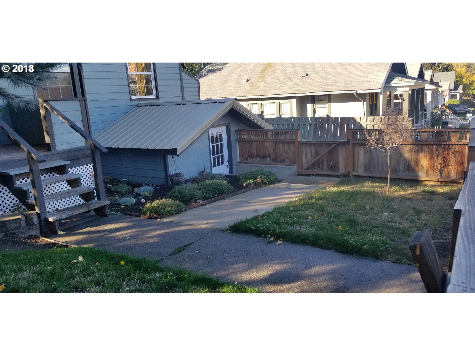 616 E 9TH ST The Dalles, OR 97058 - MLS #: 18544919