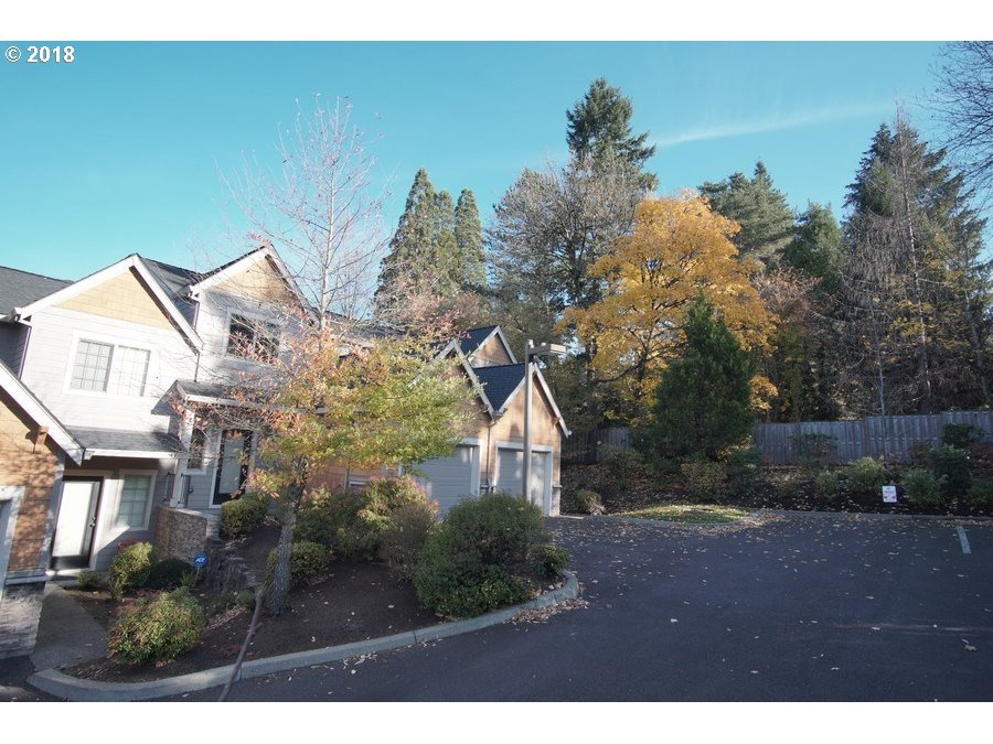 12886 BOONES FERRY RD Lake Oswego, OR 97035 - MLS #: 18552498