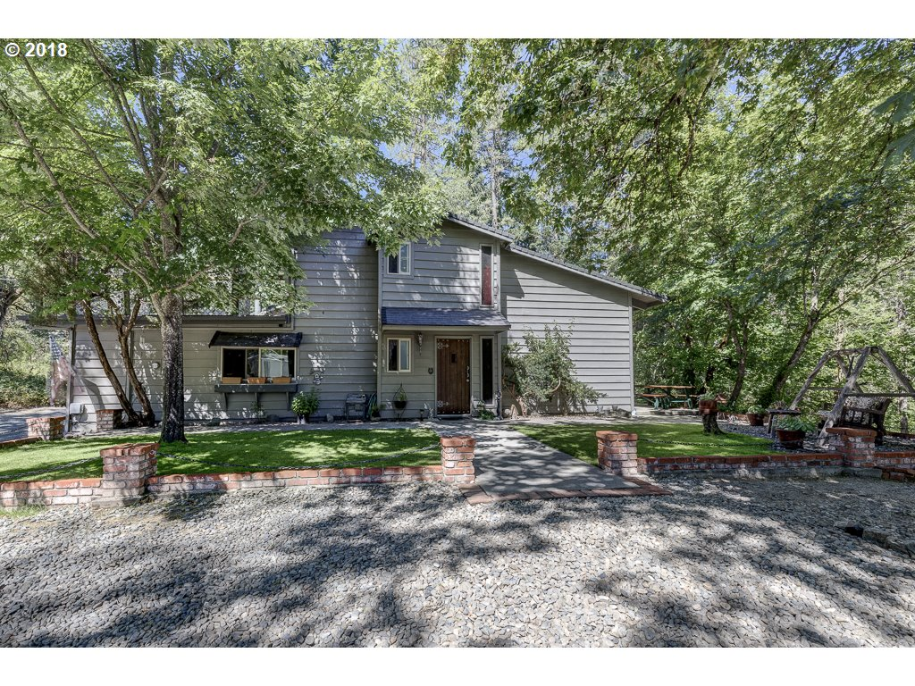 Murphy, OR 4 Bedroom Home For Sale