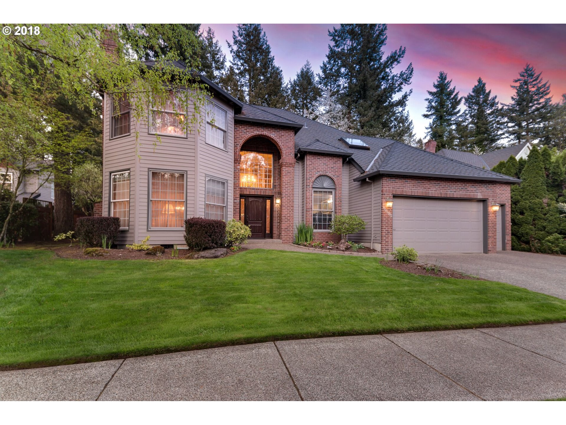 15585 MANCHESTER DR, Lake Oswego, OR 97035