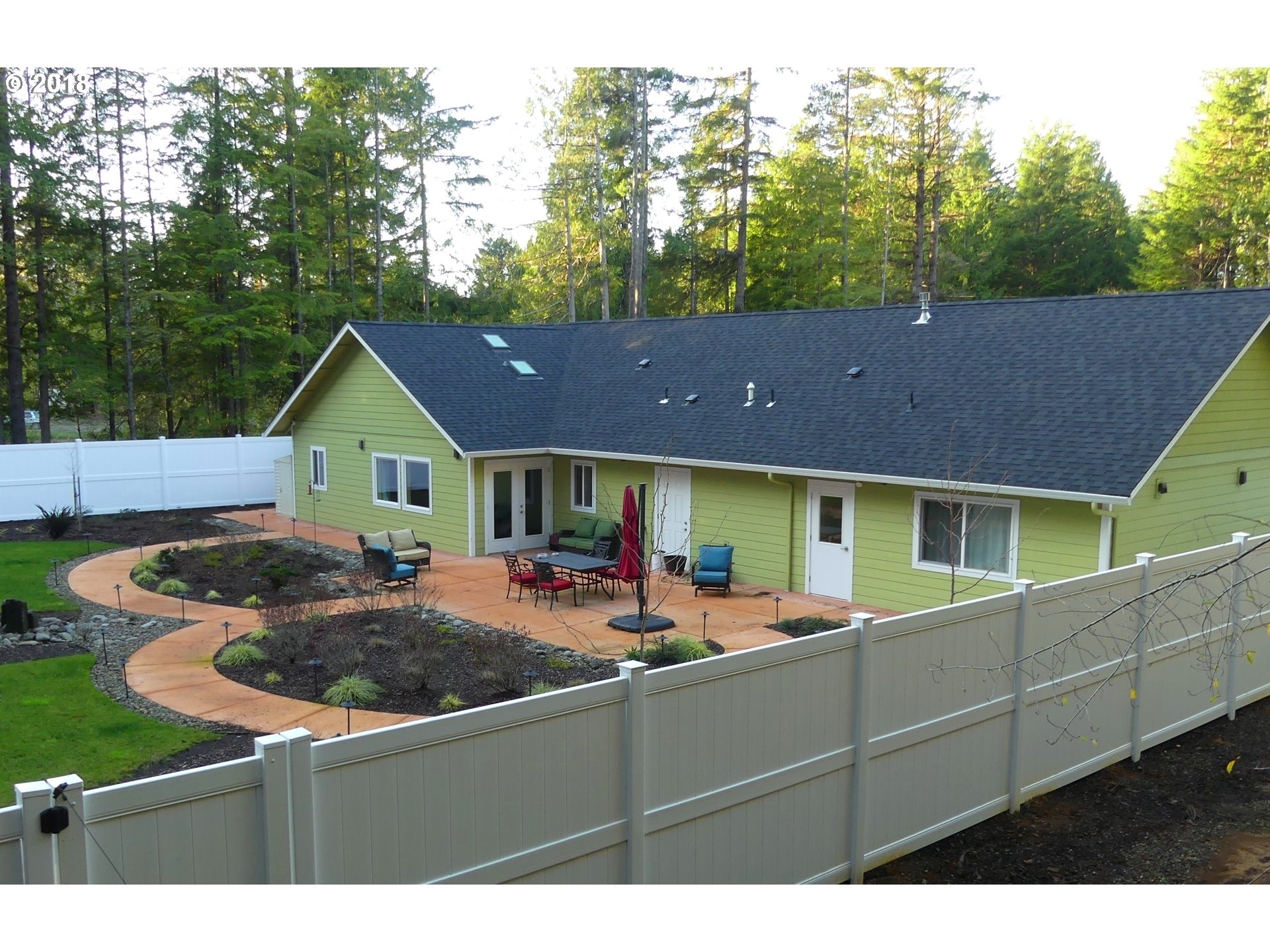 5292 HARVARD AVE Florence, OR 97439 - MLS #: 18577204