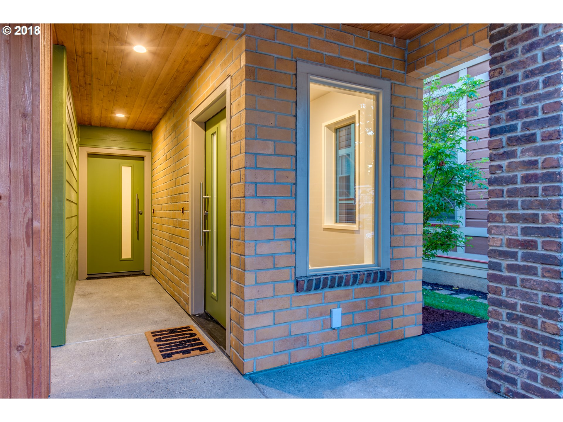 1710 SE SALMON ST Portland, OR 97214 - MLS #: 18580577