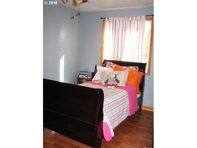 212 CAROLINA ST Longview, WA 98632 - MLS #: 18582937