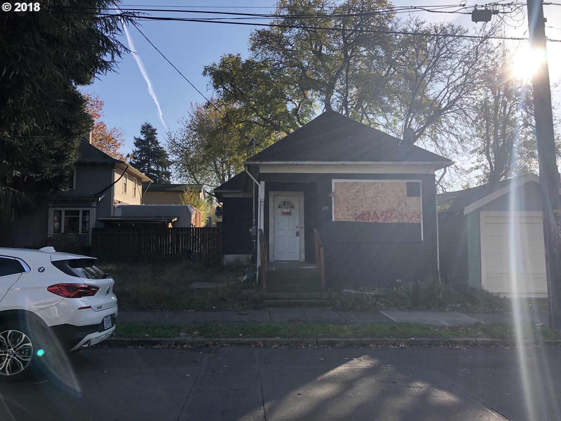 722 NE SKIDMORE ST Portland, OR 97211 - MLS #: 18597433