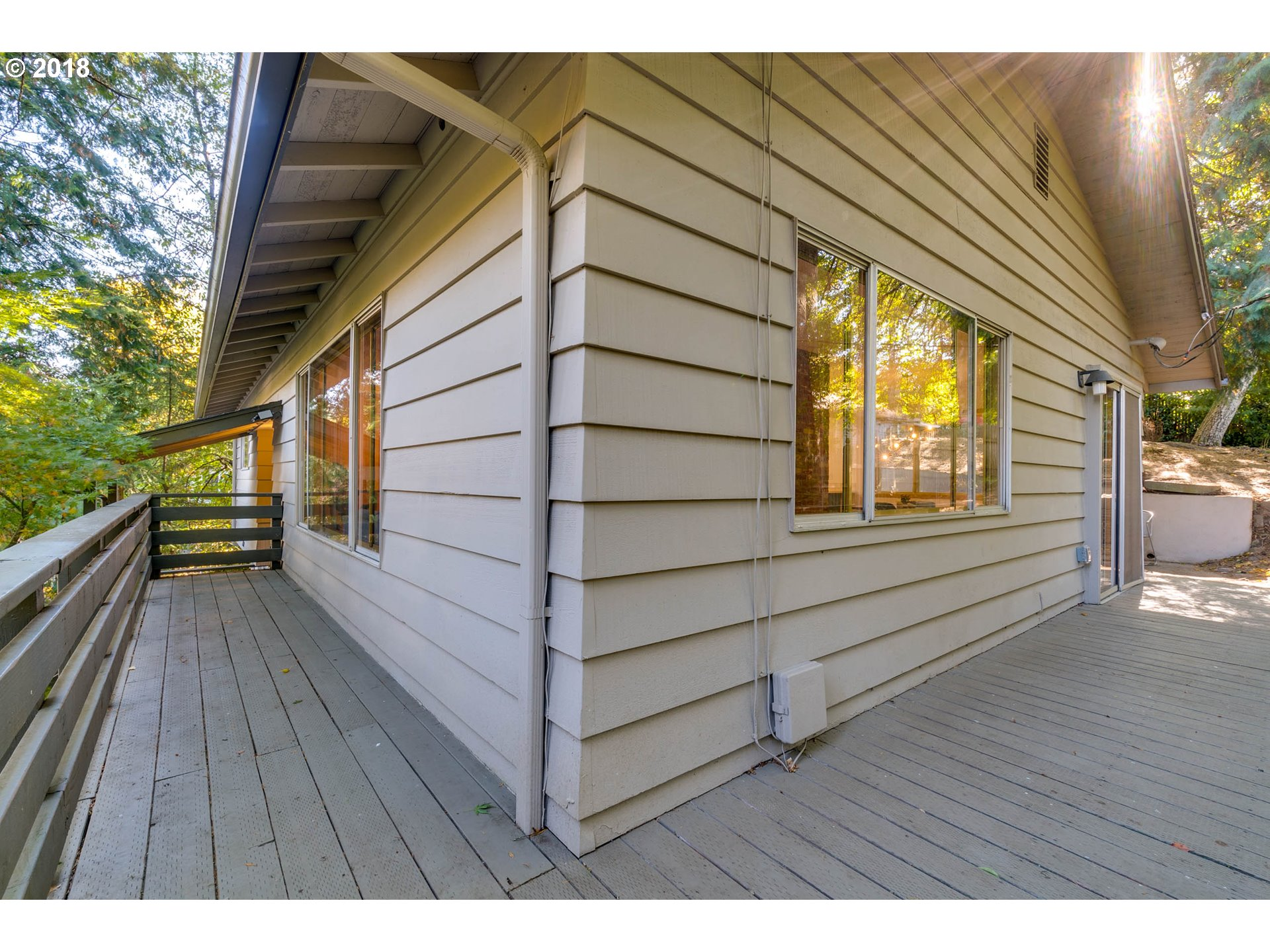 2532 SW BERTHA BLVD Portland, OR 97239 - MLS #: 18599171