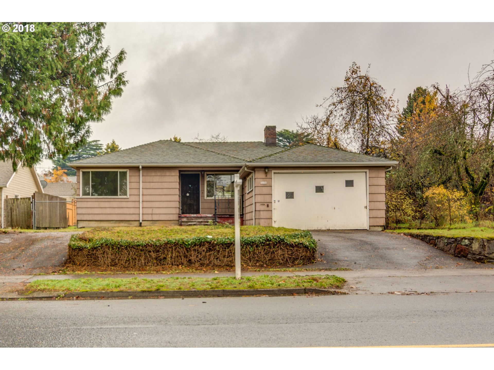 1660 sq. ft 2 bedrooms 1 bathrooms  House ,Portland, OR