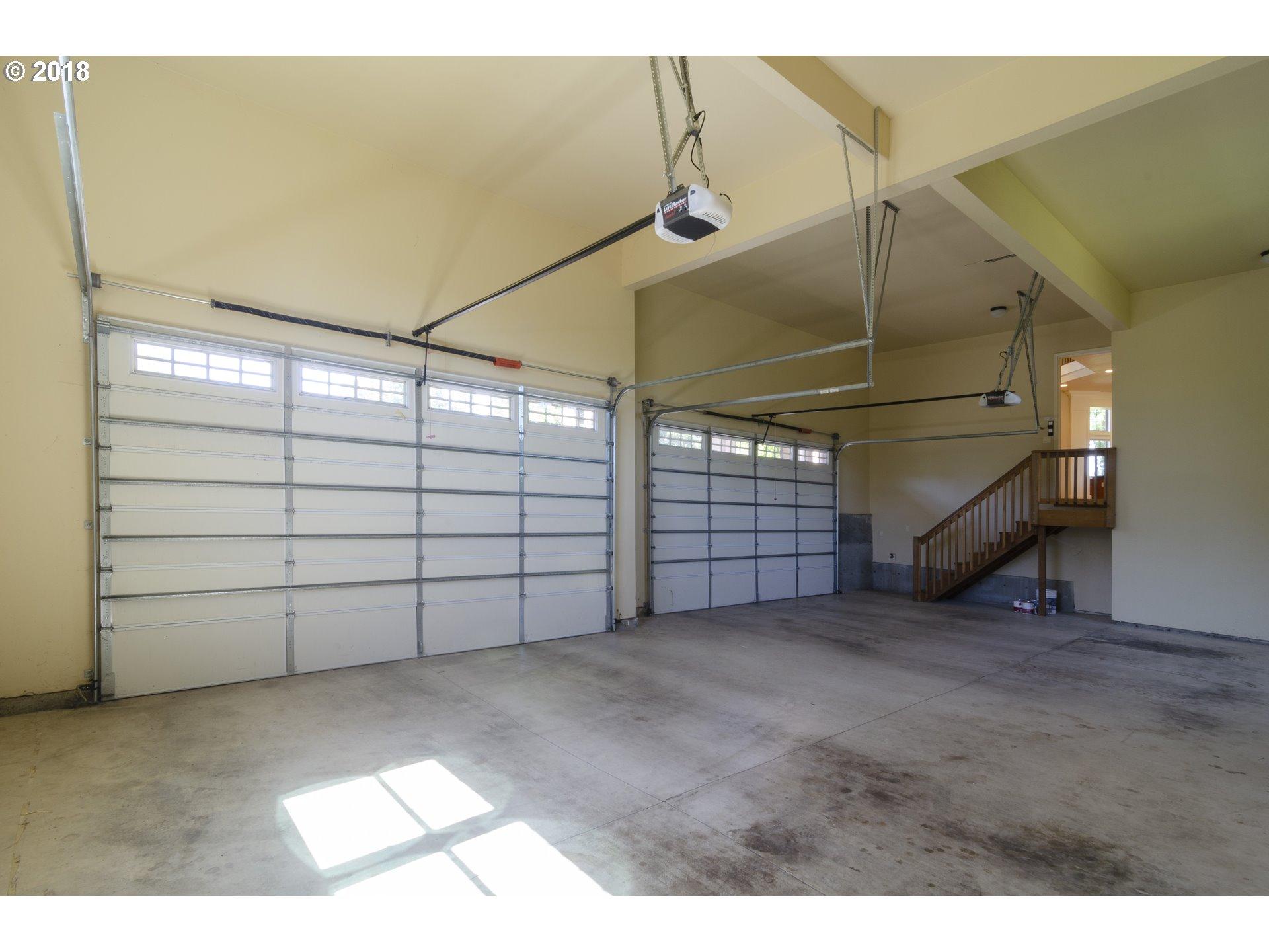 20886 S VISTA DEL LAGO CT Oregon City, OR 97045 - MLS #: 18609288