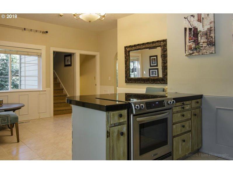 5306 RINEARSON RD Gladstone, OR 97027 - MLS #: 18612065