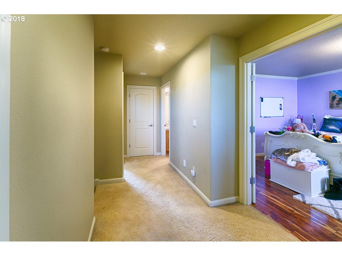 1616 NW 38TH AVE Camas, WA 98607 - MLS #: 18620611