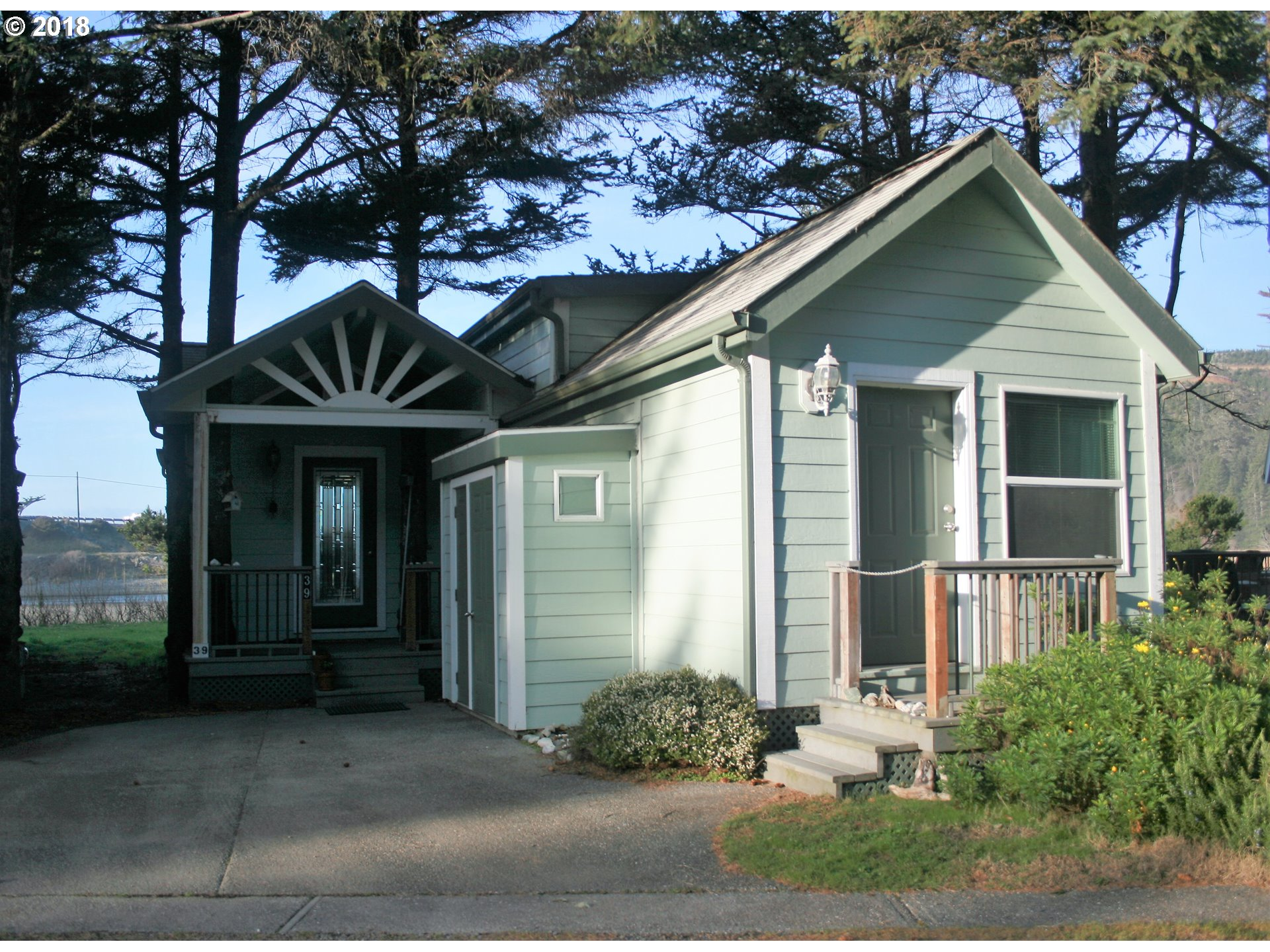 Gold Beach, OR 1 Bedroom Home For Sale