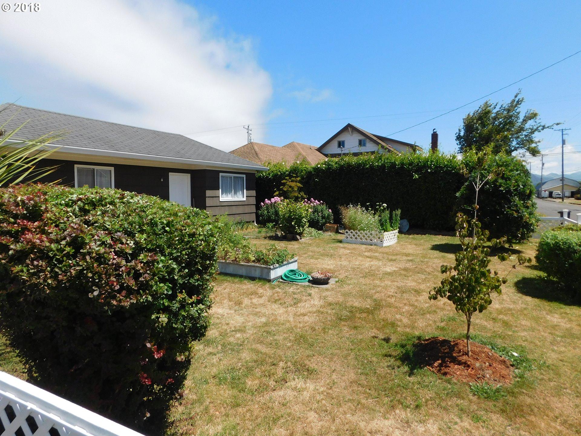 1702 11TH ST Tillamook, OR 97141 - MLS #: 18631339