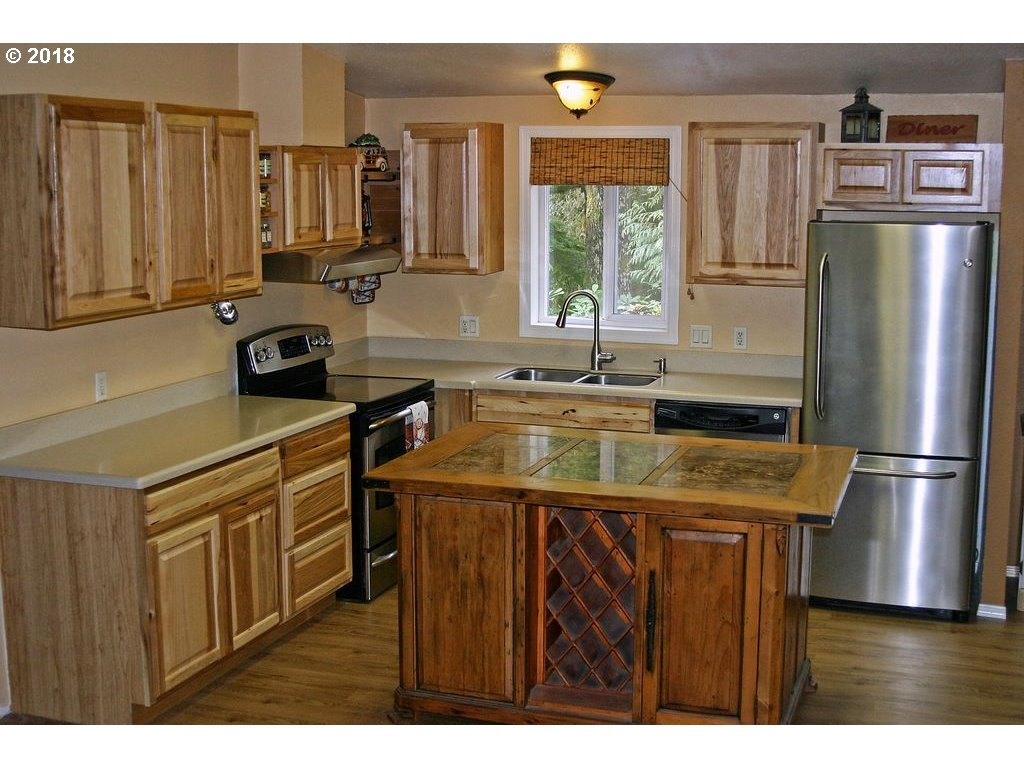 27438 E WELCHES RD Welches, OR 97067 - MLS #: 18633789