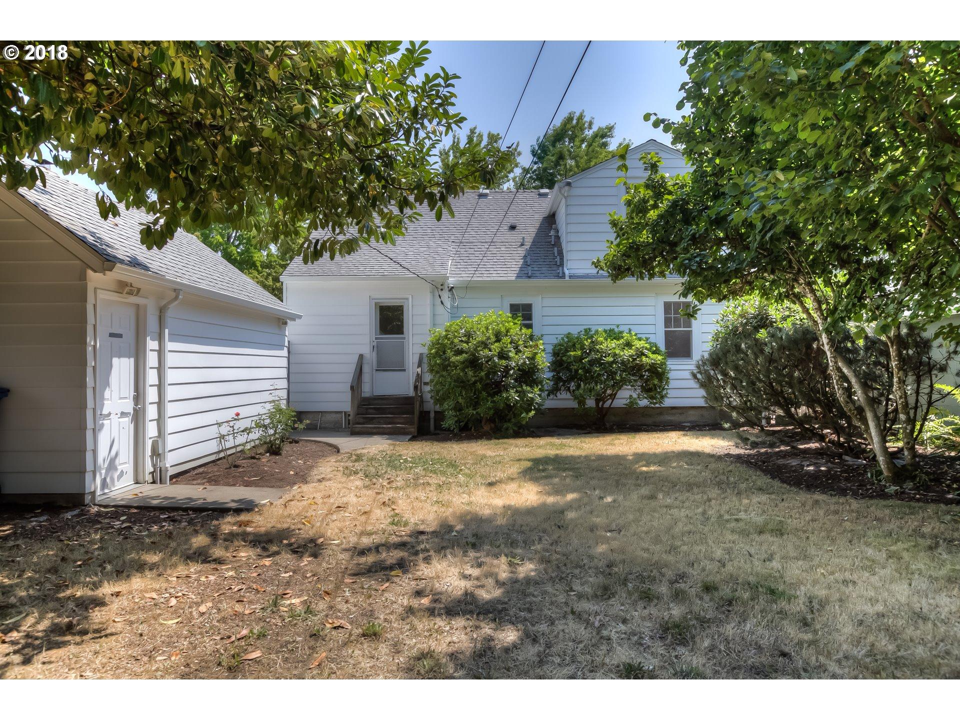 1555 19TH ST Salem, OR 97301 - MLS #: 18636372