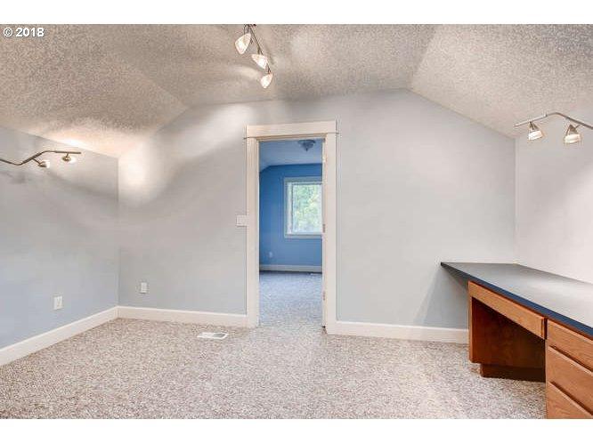 207 NE 55TH AVE Hillsboro, OR 97124 - MLS #: 18639019