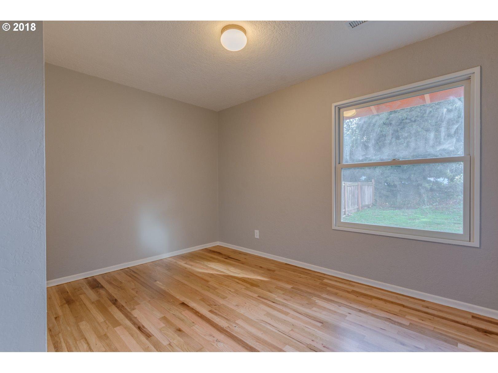 9122 N OSWEGO AVE Portland, OR 97203 - MLS #: 18654446