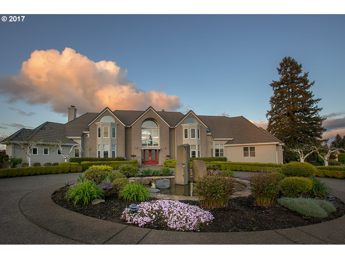 23590 SW STAFFORD HILL DR, West Linn, OR 97068