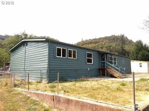 620 PLATEAU DR Roseburg, OR 97471 - MLS #: 18685906