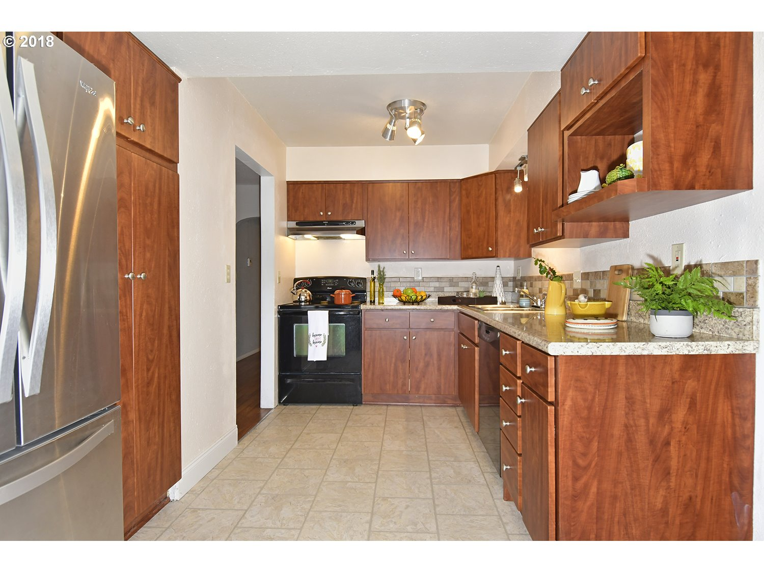 1100 sq. ft 3 bedrooms 1 bathrooms  House For Sale, Portland, OR