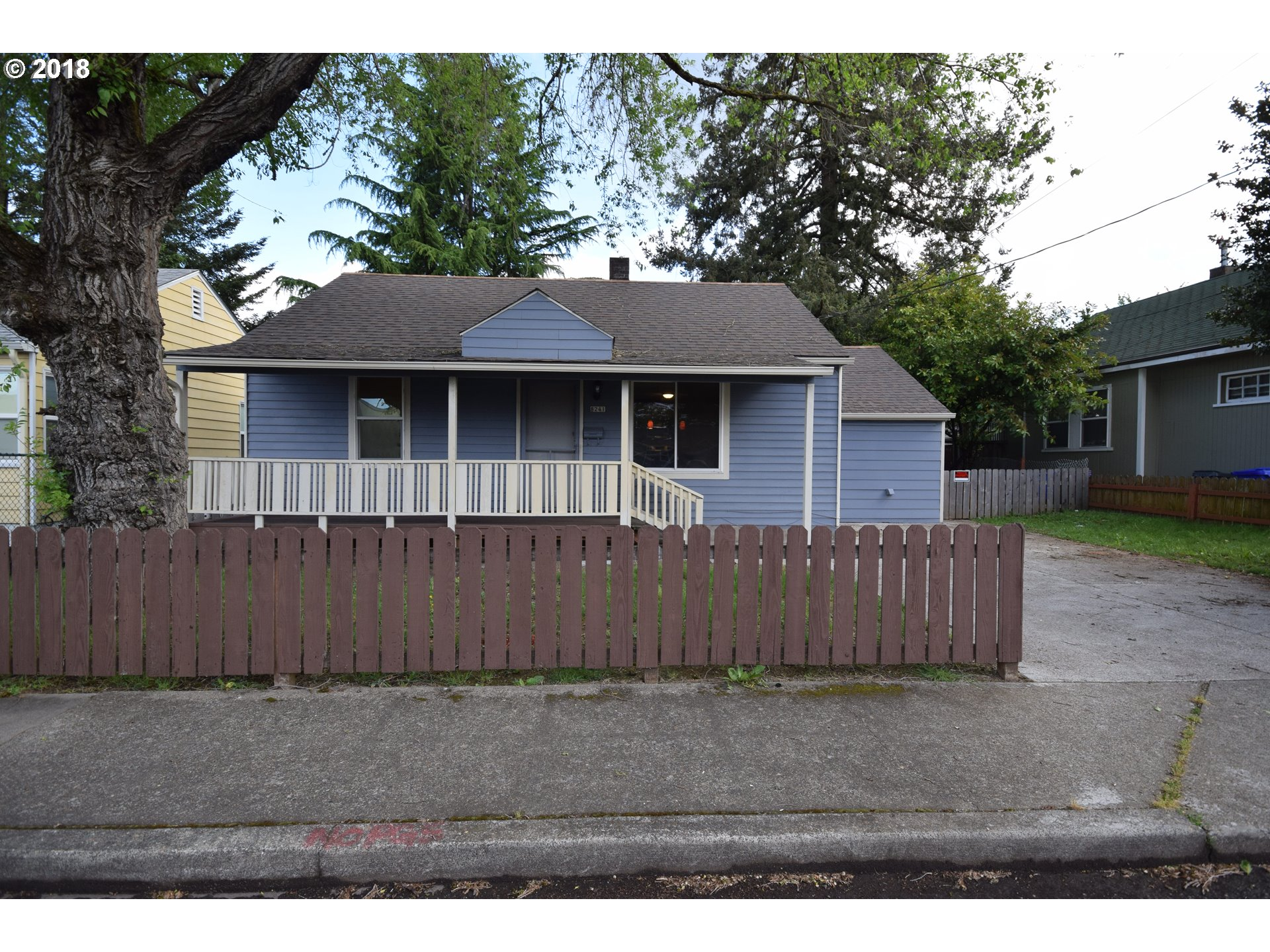 984 sq. ft 3 bedrooms 1 bathrooms  House For Sale, Portland, OR