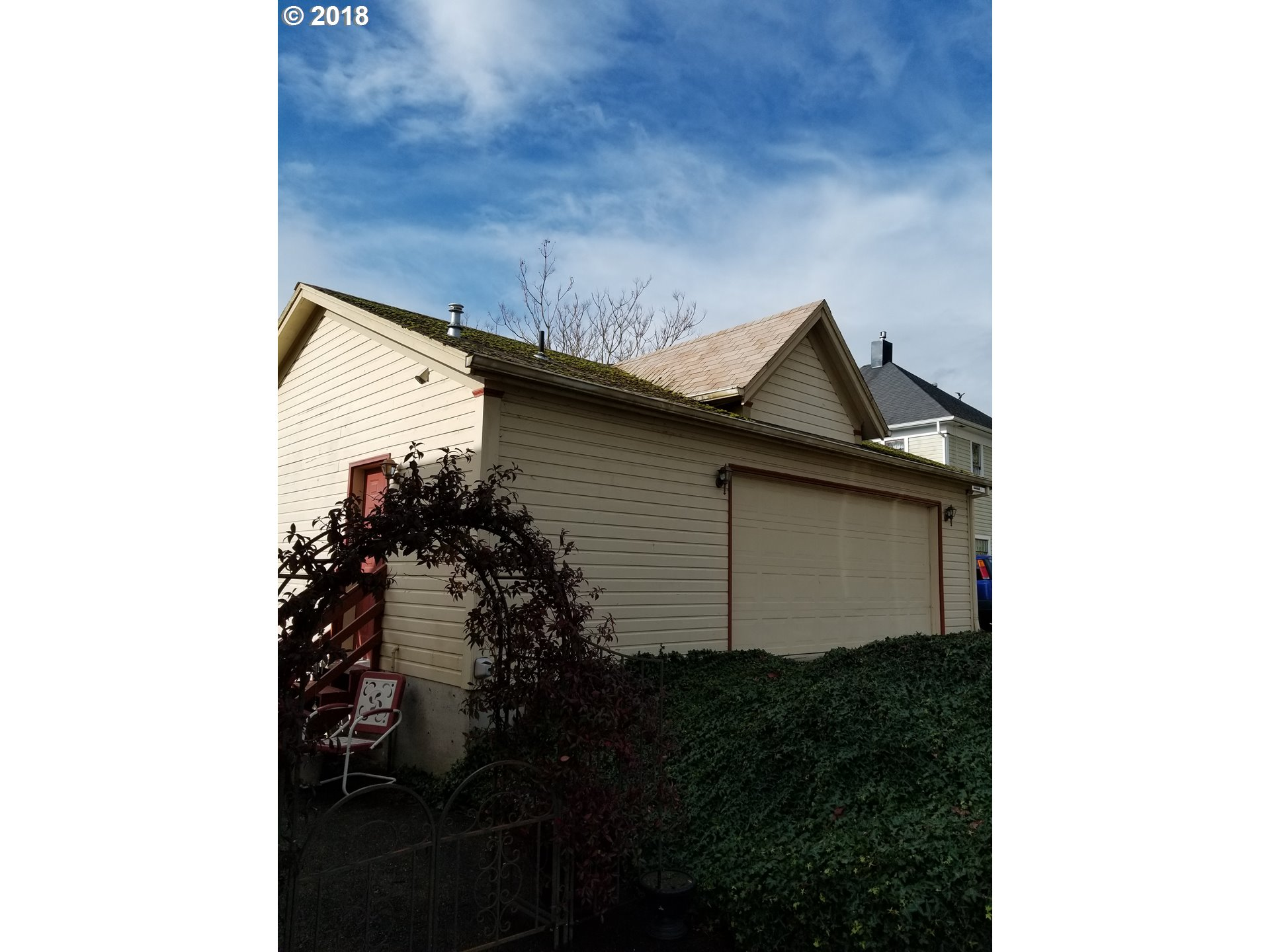 948 sq. ft 2 bedrooms 2 bathrooms  House For Sale,Myrtle Creek, OR