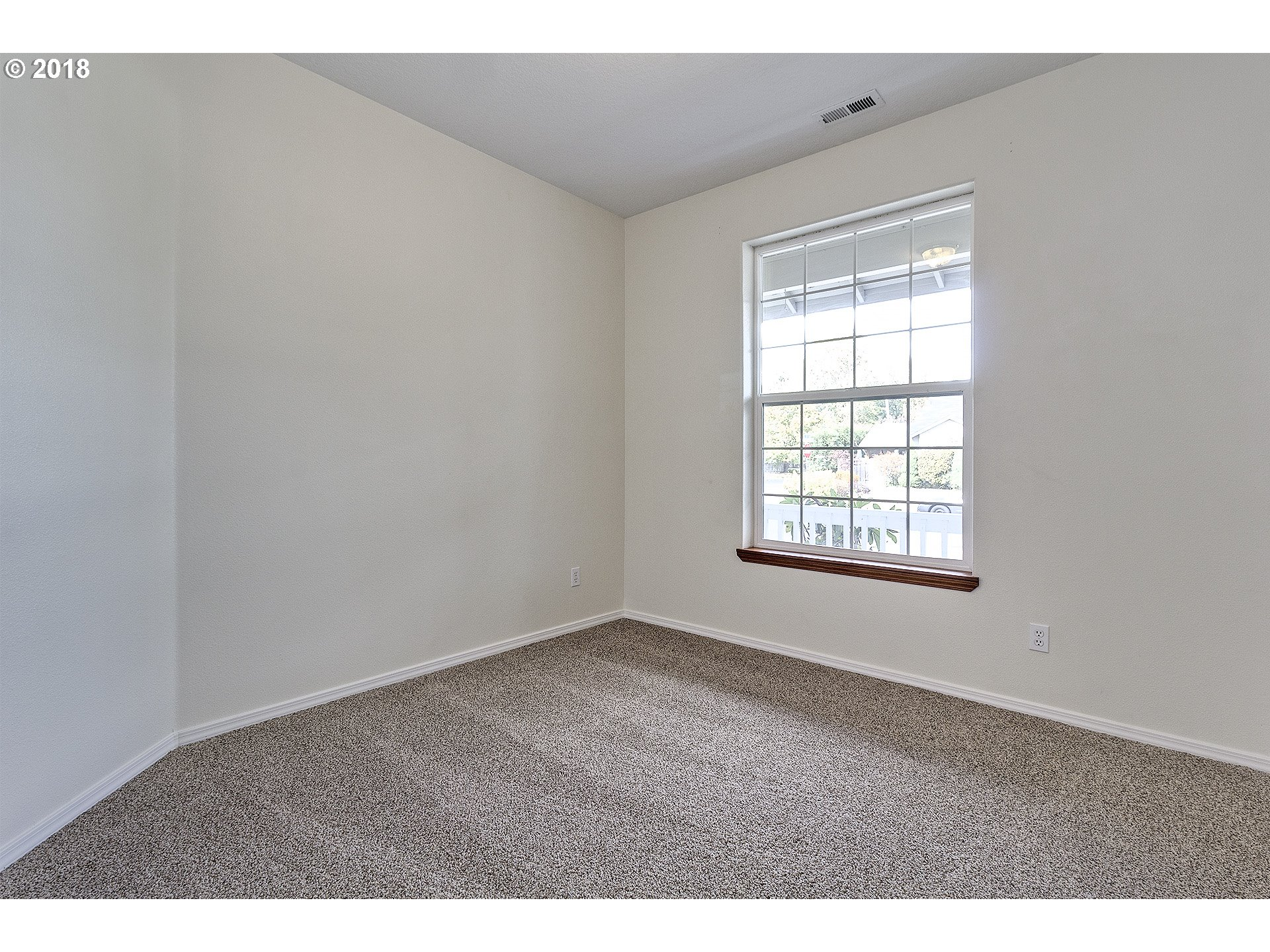 1496 sq. ft 3 bedrooms 2 bathrooms  House For Sale,Hillsboro, OR