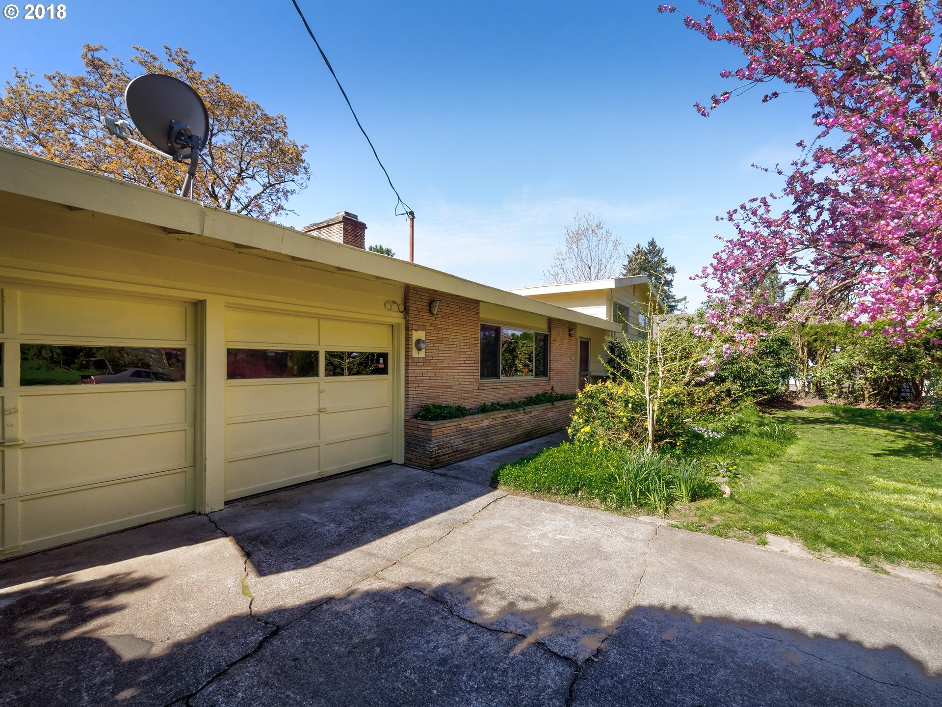 3434 sq. ft 4 bedrooms 2 bathrooms  House For Sale, Milwaukie, OR