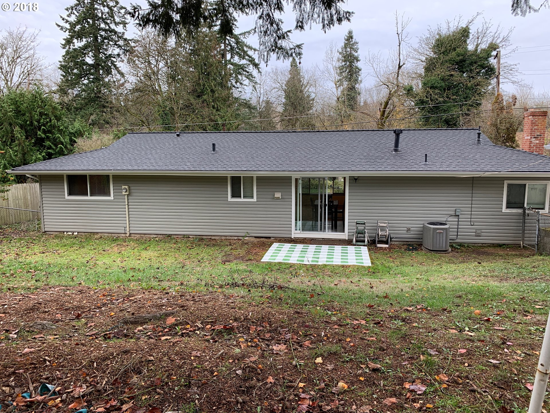 1440 sq. ft 3 bedrooms 1 bathrooms  House For Sale, Portland, OR