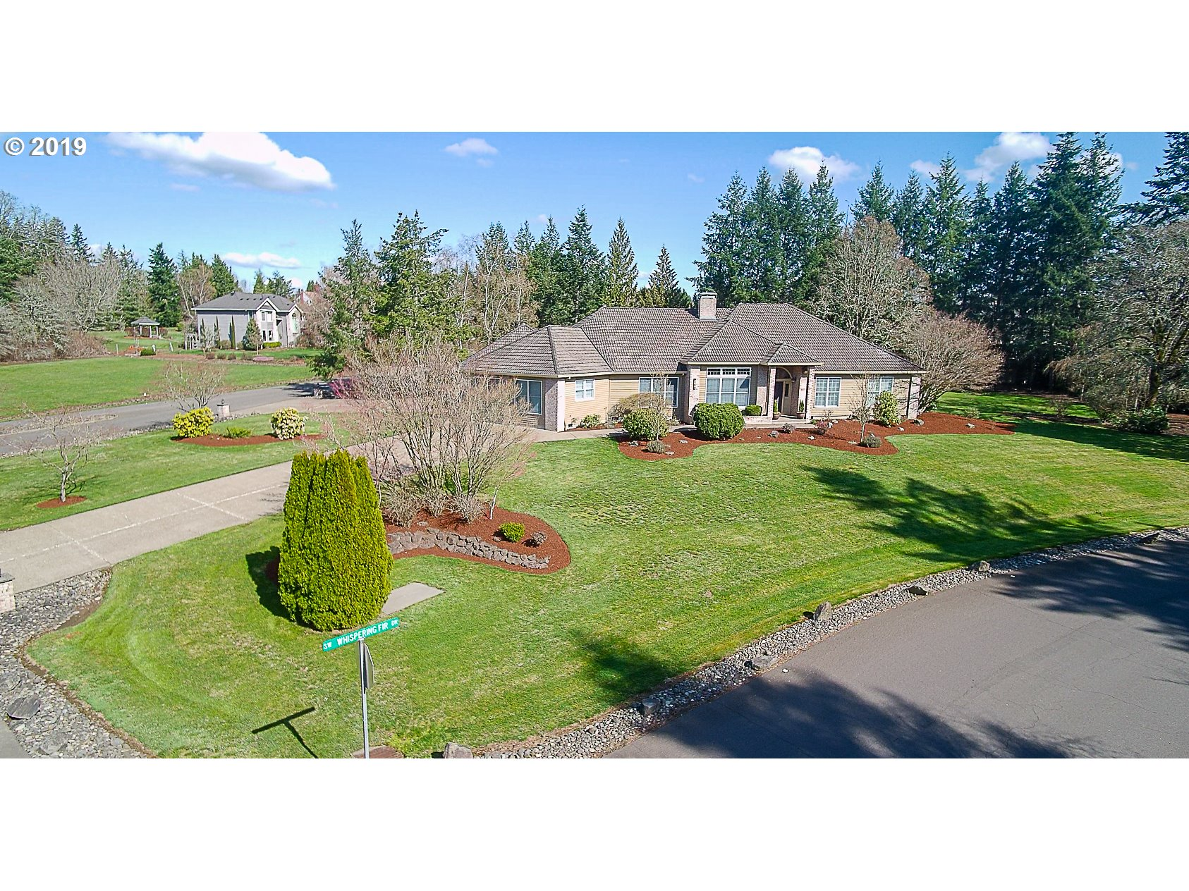 Photo of 9150 SW WHISPERING FIR DR, Beaverton, OR 97007