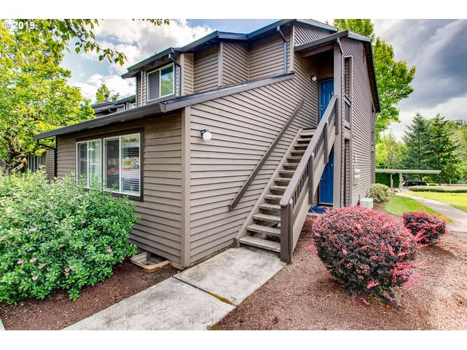 Photo of 9335 SW 146TH TER #8, Beaverton, OR 97007