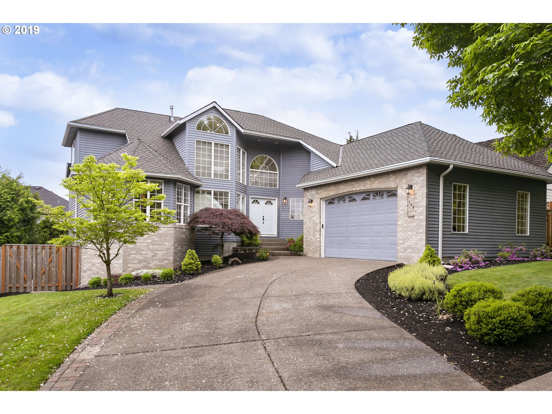 Photo of 395 NW PACIFIC GROVE DR, Beaverton, OR 97006