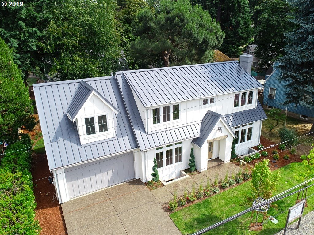 Photo of 210 NORTHSHORE RD, Lake Oswego, OR 97034